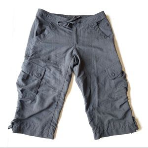 The North Face Cropped Cargo Capri Pants Gray 6